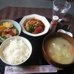 コザック - とん汁定食