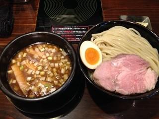 中華そば ことぶきや - つけ麺(大盛)(850円)+低温レアチャーシュー(120円)
