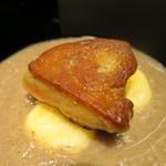 インダルジ - フランス鴨フォアグラのポワレ じゃが芋のニョッキ 山形県産椎茸のスープ