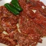 王将 - 料理写真:ハラミとロースです。ハラミは柔らかく、ロースもさっぱりして美味しい。