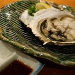 創作和食 くらしこ - 焼き岩ガキ(880円)