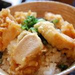 ぶつをのうどん - 料理写真:丼も美味い!ミニ鶏てん丼!