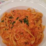 キャナリィ・ロウ - ずわい蟹のトマトクリーム
