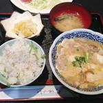 ノッポ - しらす御飯と肉豆腐 930円(2014年12月訪問)