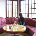 横浜うかい亭 - 喫茶コーナー4「掲載許諾済み」