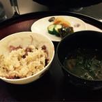 日本料理 太月 - 蛍烏賊と蕗の薹の炊き込みご飯 お味噌汁 御新香2015-3