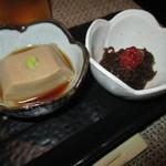松吟庵 - ゴマ豆腐・キムチもずく