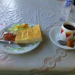 ル・シアン - 料理写真:ブレンドコーヒーとモーニングサービス