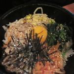王豚足家 五反田本店 - ビビンバですが、冷麺も選択可能です