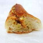 お米パン工房 MAGOME - ガーリックフランス