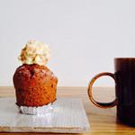 メルシーベイク - キャロットケーキとコーヒー