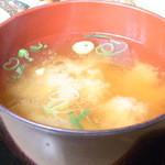大阪満マル - キャベツと豆腐のお味噌汁☆♪