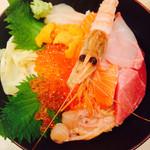 築地青空三代目 - 特上海鮮丼