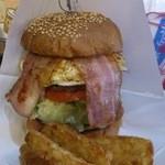 ビッグスマイル - ハンバーガー エッグとベーコン