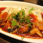 コリアンバール 一天張 - 生牡蠣のフェ。甘辛味噌だれがとっても合います。