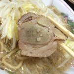 ラーメン - 豚入ラーメン・800円