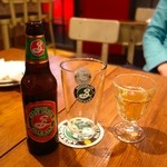 36062177 - Brooklyn East India Pale Ale(990円)と、グラスワイン(500円)