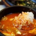 白釜飯 純豆腐火鍋 まん馬 - スンドーフ(ご飯を浸して食べる)
