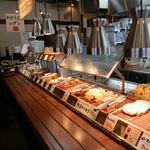 丸亀製麺 - おなじみの注文カウンター