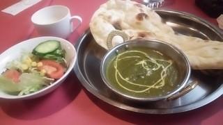 インドレストラン ガンジス キューズタウン店 - チキンサーグカレー Aランチ