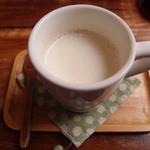もりのたね - ランチ(牛乳割りほうじ茶)
