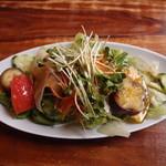 もりのたね - ランチ(前菜のサラダ)