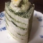 パティスリー サクラ - 料理写真:お抹茶のシフォン(370円)