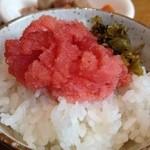 リッチモンドホテル福岡天神 - 辛子明太子と高菜をご飯にイッパイのせた