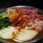 レインボー - 韓国すき焼き