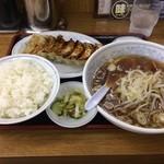 福しん - 餃子定食(480円)おともラーメン(100円)(汗)