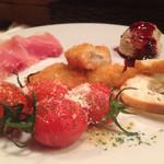 イタリアンバルLocco - アンティパストミスト 前菜4種の盛り合わせ