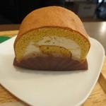 どんぐりの木 - このケーキも穏やかで自然な味わいながら、マロンの風味もきちんと。