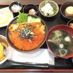 36111744 - うにいくら丼 1980円 【 2015年3月 】