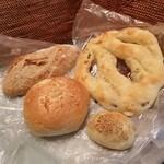 サルドゥバン - 「Salle de Bains(サルドゥバン)」さんのパン大好きです! 嬉しぃ~♪