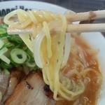六本木家 - 麺ゎパスタのよぅな弾力のある細麺ですぅ
