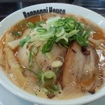 六本木家 - 濃厚辛味噌ラーメン(750円)