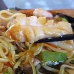 中華食酒処 さいらい亭 - 大きなイカがいっぱいで、プリプリした食感