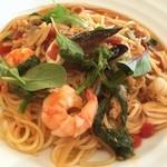 今日和 - 色々魚介と菜の花のトマトソース