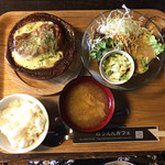のうえんカフェ - ロールキャベツグラタンセット サラダ、デザート、ドリンク付きで900円