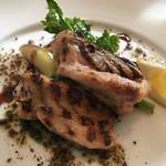 トラットリア・ノム - レモンとハーブでマリネした備中高原鶏肉のグリル