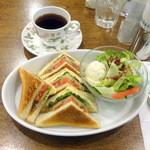 kafeeikokuya - ミックスクラブハウスサンドセット1,030円