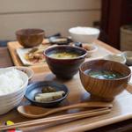 腰越食堂 - 本日のカレー定食