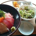 千漁家 - 海鮮丼定食 駿河(¥1,600)