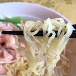 紅龍閣 - 細麺ですな