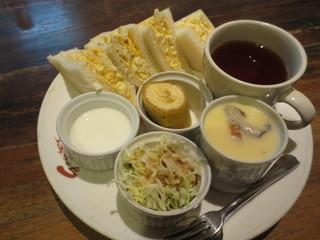 Caffe de Gouter - サンドイッチモーニング