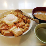大浦食堂 - バタ丼 スペシャル(肉と卵を追加) (2013年10月訪問)