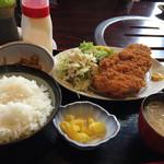 寿司焼肉居肴や銀太 - 料理写真:厚切り豚カツ定食