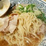 丸源ラーメン - 2014年1月 肉そばの麺の状態。