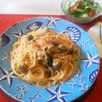 スパッソ - 本日のランチ、サバのすり身のトマトソーススパゲッティ