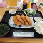 池間食堂 - 日替わり定食(サメフライ!!)